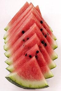 Die Wassermelone hat wenige Kalorien