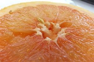 Die Orange ist reich an Flavonoide