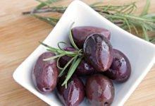 Oliven Kalorien und Nährstoffe der grüne und schwarzen Olivern