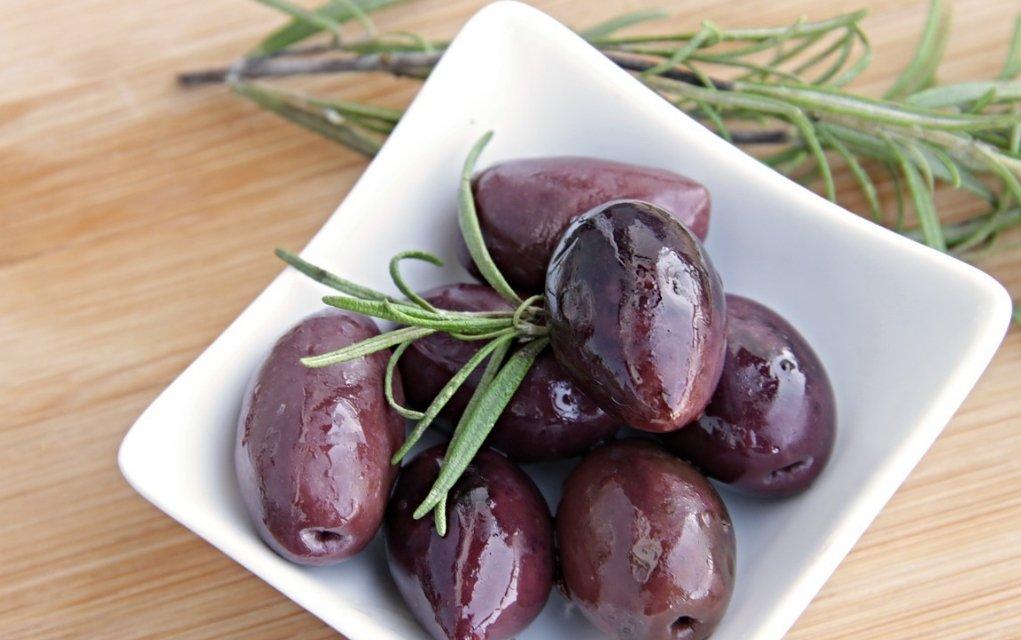 Berühmt Oliven Kalorien und Nährwerte der grünen und schwarzen Kraftpakete #SQ_04