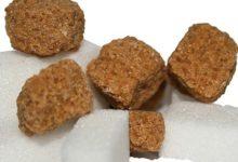 Zucker Kalorien und Nährwerte, es steckt z.b. in Schokolade, Ketchup und anderen Lebensmittel.