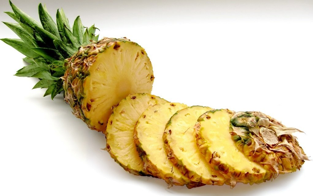Ananas Kalorien und Nährwerte der Tropenfrucht