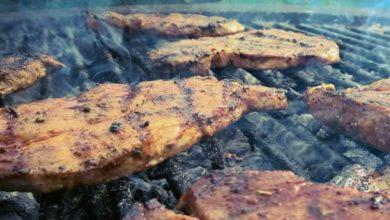 Beim Grillen wird das Gargut im Wesentlichen durch Wärmestrahlung gegart und an der Oberfläche geröstet.