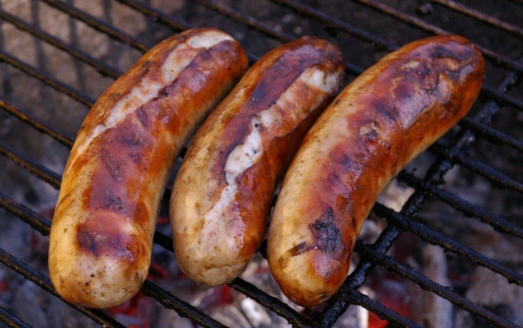 Bratwurst Kalorien und Nährwerte der beliebten Grillwurst