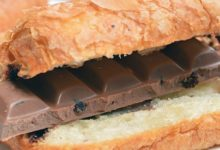 Die Franzosen essen das Schokocroissant in der Regel zur Frühstückszeit