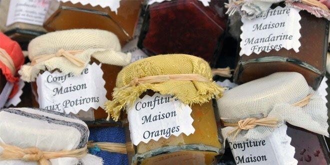 Marmelade mit Orangen, also Marmelade gemäß heutiger EU-Verordnung, wird bereits 1669 in London von Samuel Pepys in seinem Tagebucheintrag vom 9. März erwähnt.