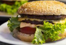 Cheeseburger Kalorien und Nährwerte