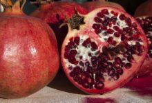 Granatapfel kann zur Dekoration, oder zu süß und salzigen Gerichten verwendet werden.