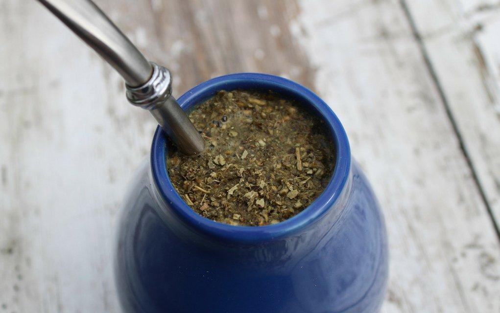 Streng genommen ist Yerba Mate gar kein echter Tee, sondern ein Aufgussgetränk.