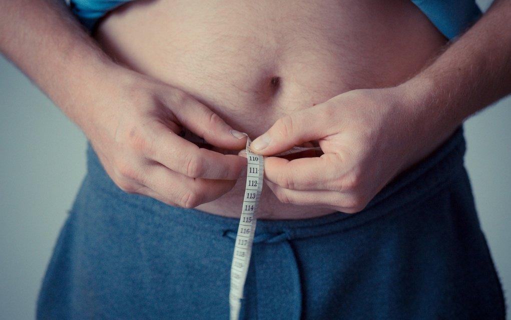 Bauchfett reduzieren, das müssen sie tun um Fettleibigkeit vorzubeugen