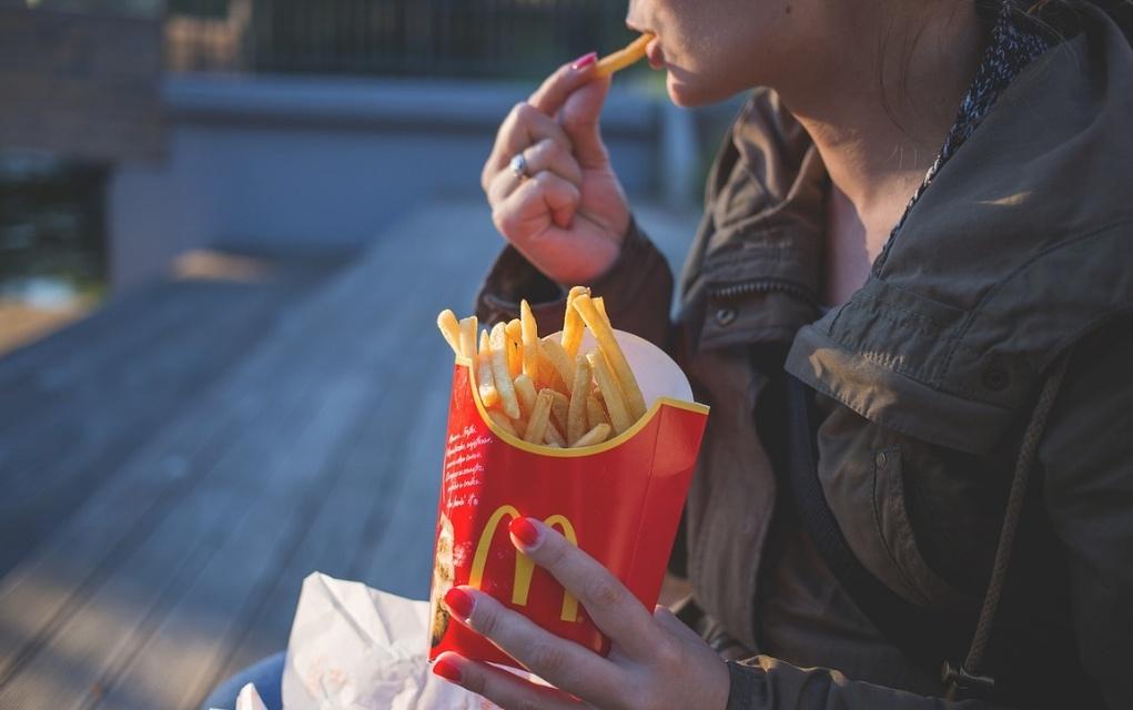Wie man die Esssucht oder Essstörungen überwindet